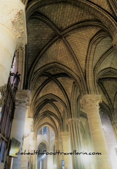 Notre Dame Kapelle innen Boegen