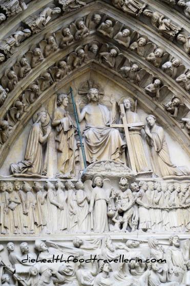 Notre Dame Tuer detalliert 2