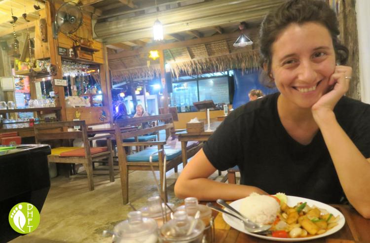 Cafe del Sunshine Lonely Beach DHFT im Restaurant
