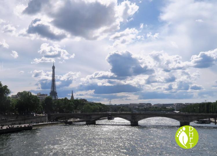 Paris Sehenswuerdigkeit Pont des Invalides